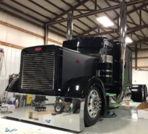 32 Chrome Shop Semi Truck Chrome Shop Semi Truck Accessories